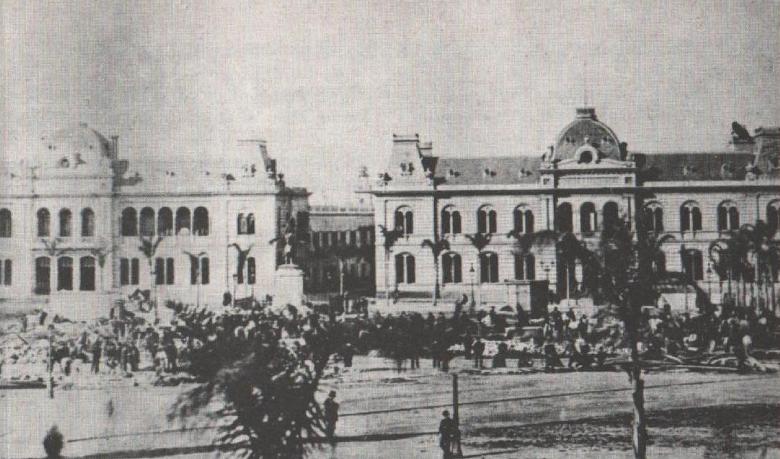 A nova Casa do Governo e o Palácio dos Correios